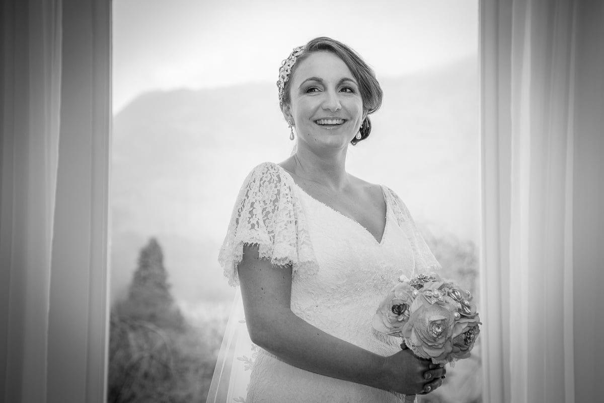 gemma+ross-inn-on-the-lake-wedding-lake-district-16