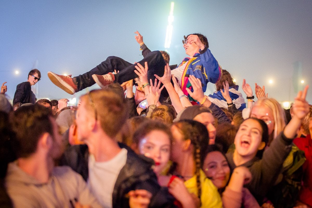 crowdsurfing at boardmasters